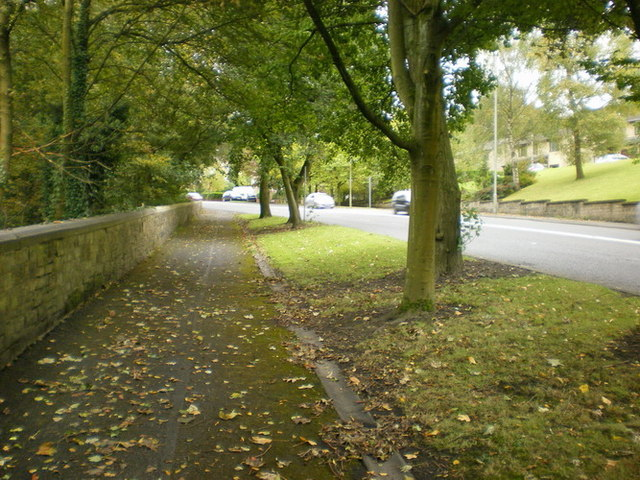 Footpath along side Todmorden Road, Burnley