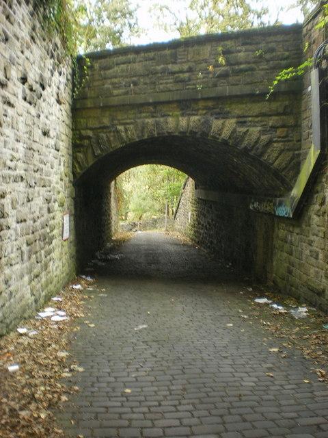Railway bridge over Haigh Lane