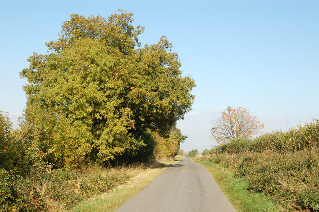 Midway between Offchurch and Hunningham