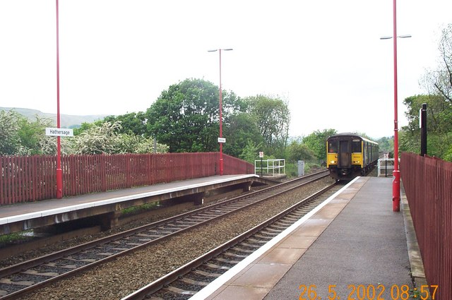 Train arriving at Hathersage Railway Station