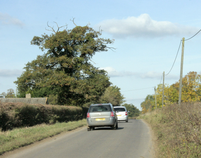 2009 : Minor road to Sutton Benger