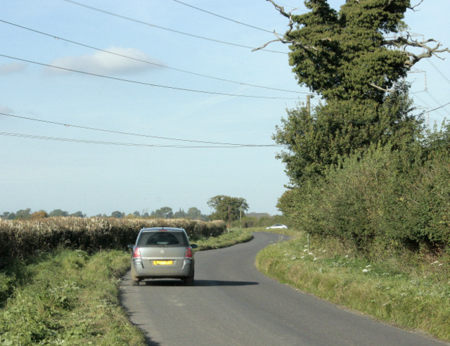 2009 : Sutton Lane, nearly approaching Sutton Benger