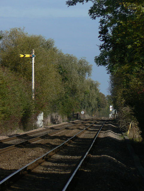 Morton Crossing distant signal