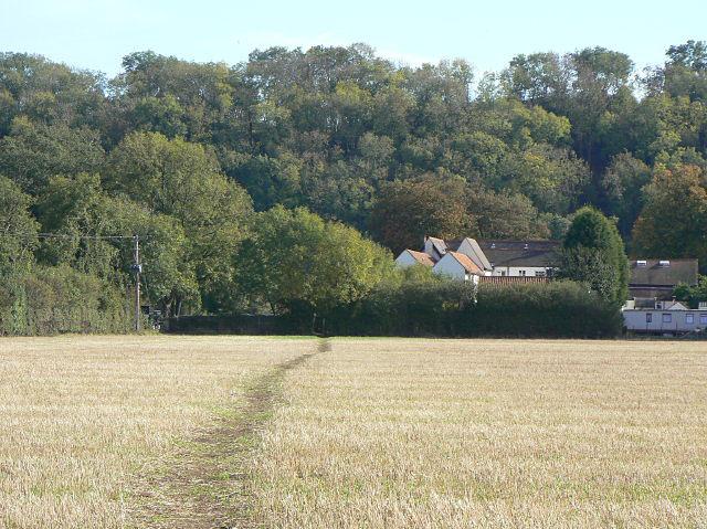 Footpath to Hazelford