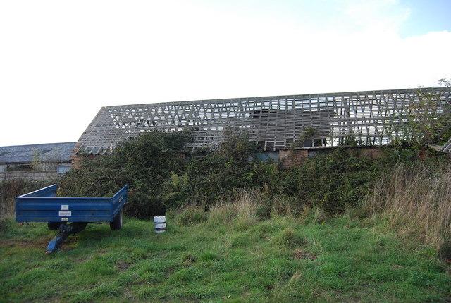 Derelict building, Home Farm