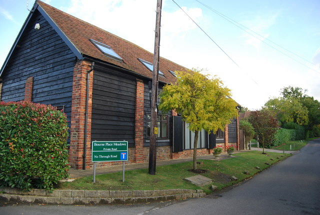 Bourne Place Barn, Nizels Lane