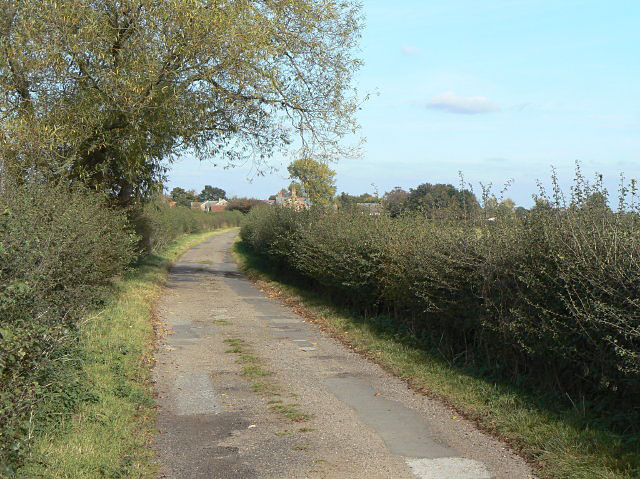 Lane to Glebe Farm