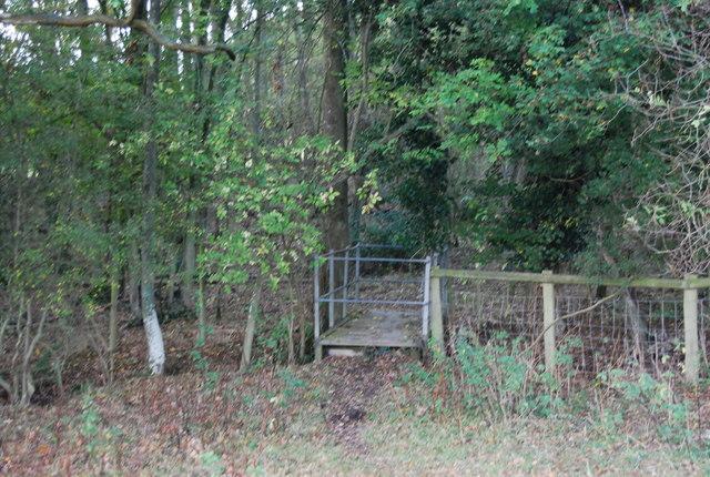 Enclosed footbridge