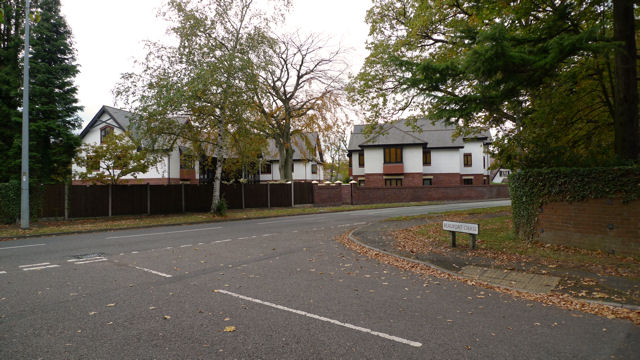 Hunters Lodge apartments, Handforth Road