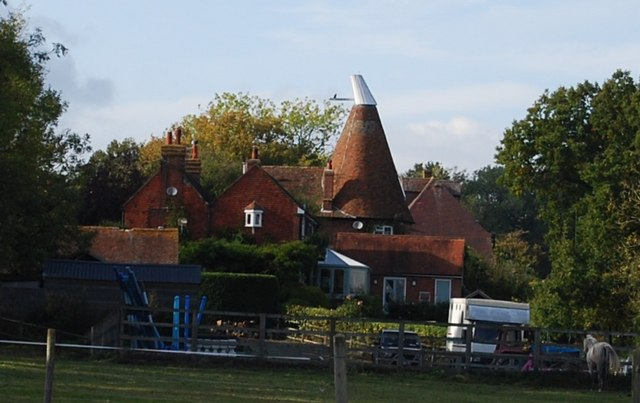 St Idolphs Oast, Egg Pie Lane, Fletcher's Green