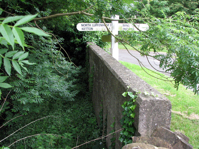 Pilton Crossroads: parapet of former ironstone railway bridge
