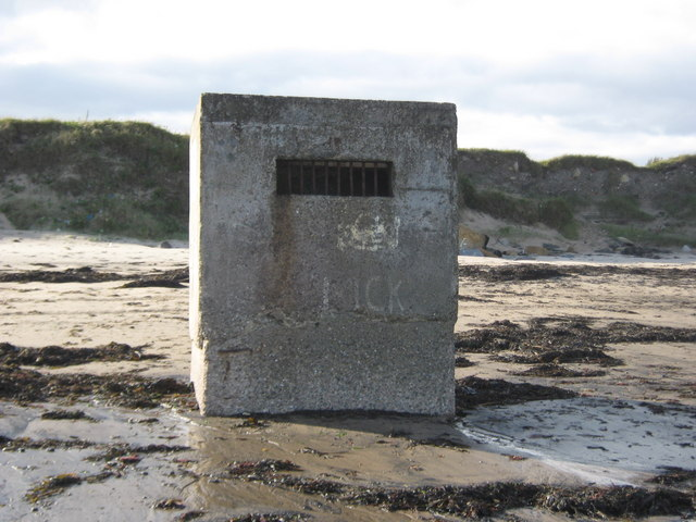WW 2 pillbox Newbiggin-by-the-Sea