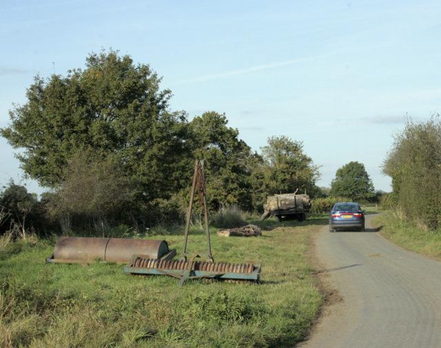 2009 : Storage site on a lane near Avon