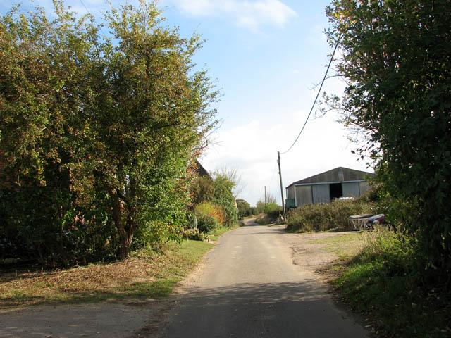 Dodgers Lane past Church Farm