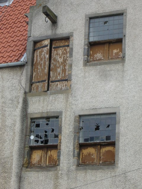 Lamb's House windows