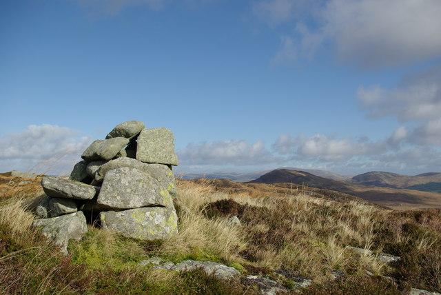 Cairn SE of Loch Breacbowie