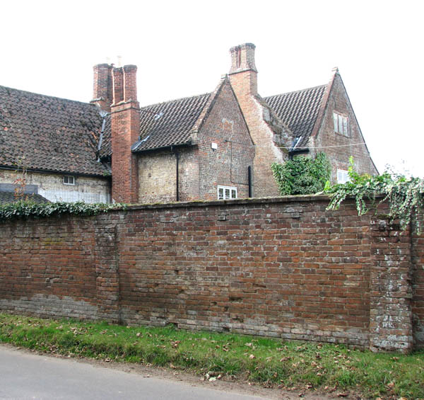 A glimpse of Bergh Aphton Manor
