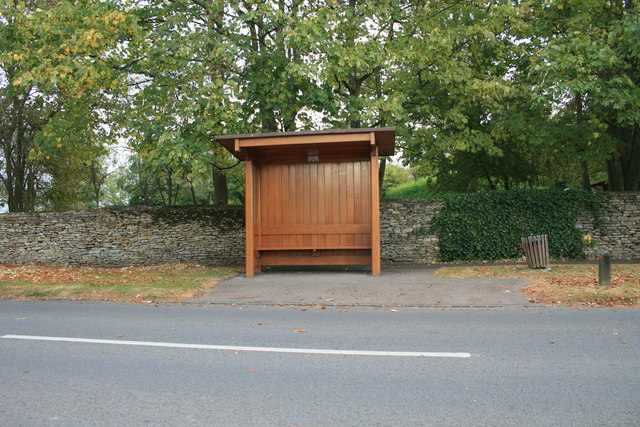 Bus shelter in Alvescot