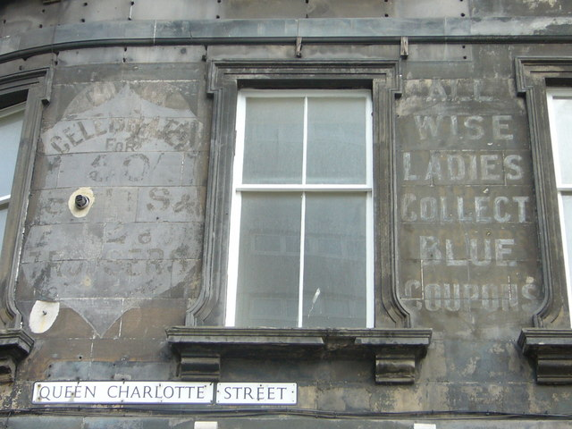 Faded advertisements, Queen Charlotte Street