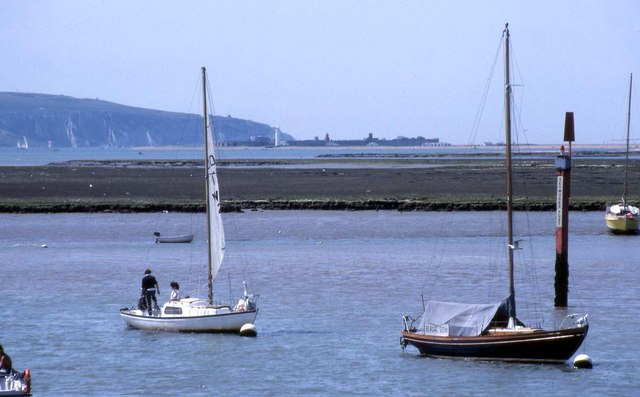 Seymore's Post on the Lymington River