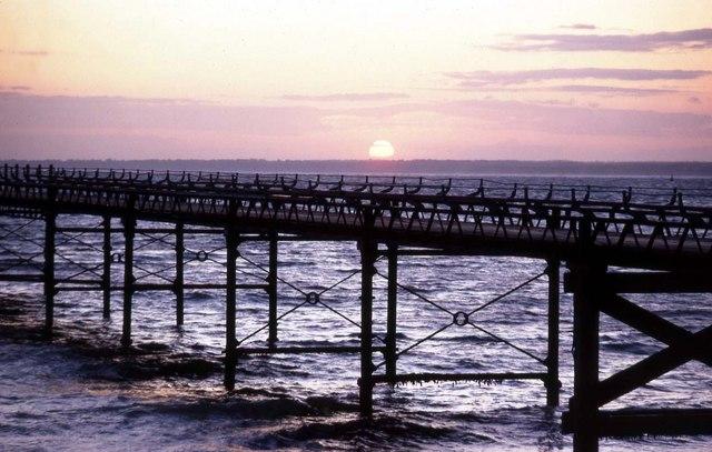 The pier at Totland Bay
