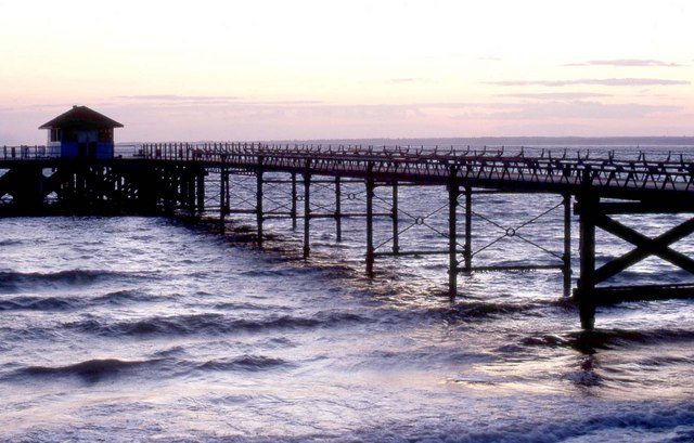 The pier at Totland Bay