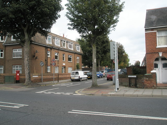 Junction of Northern Parade and Kipling Road