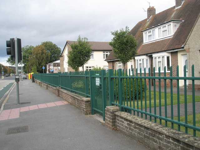 Railings in Northern Parade