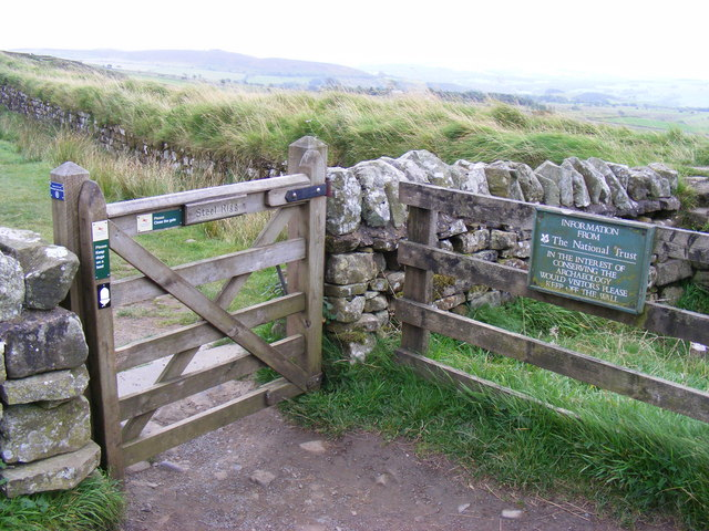Gate at viewpoint at Steel Rigg