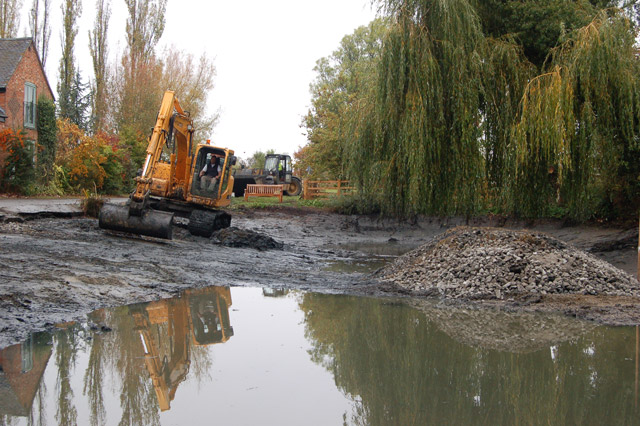 Dredging the pond at Willoughby (2)