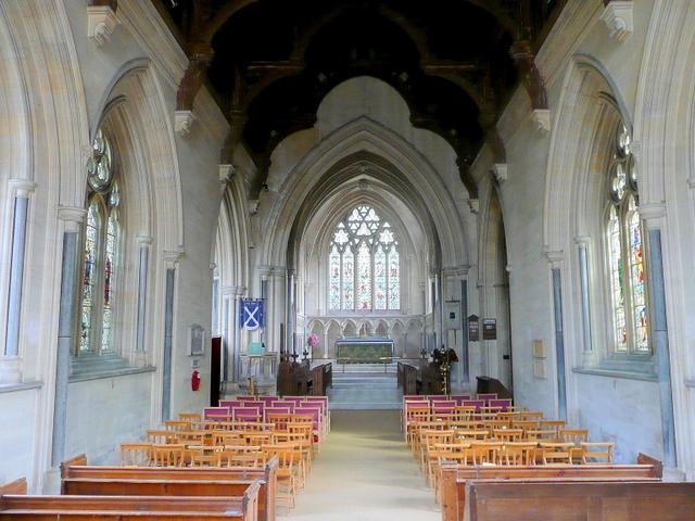 St. Andrew's church, Toddington - nave