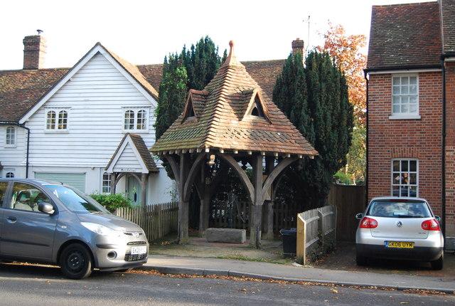 Village Pump, Leigh