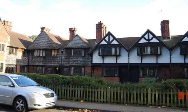 Almshouses, Leigh