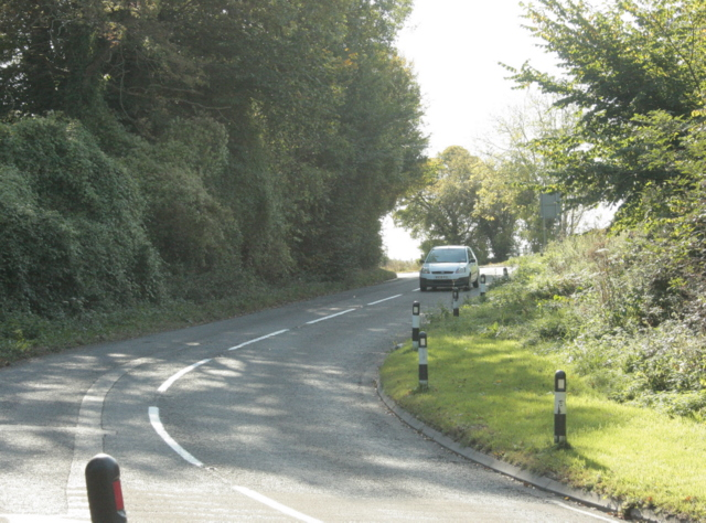 2009 : B3110 approaching the top of Midford Hill
