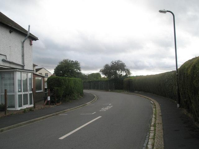 Bend in Horsea Lane