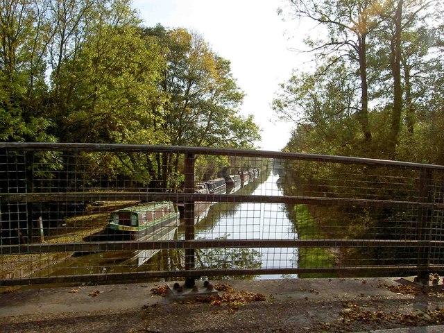 Bridge parapet to the Grand Union Canal