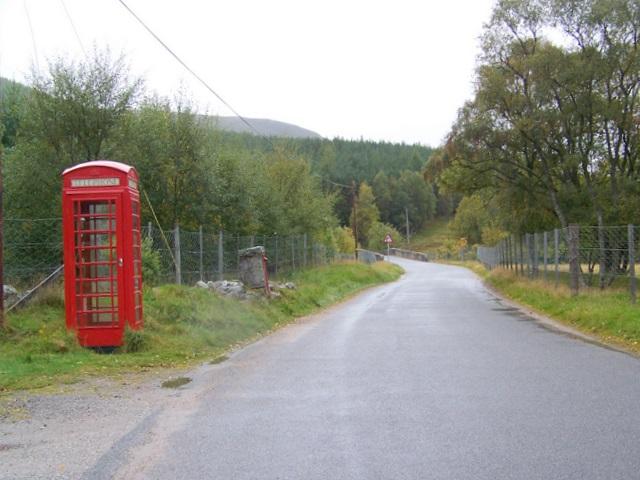 Telephone box, Inverey