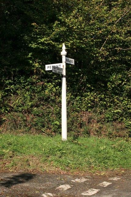 Signpost nr Sowdens Bridge