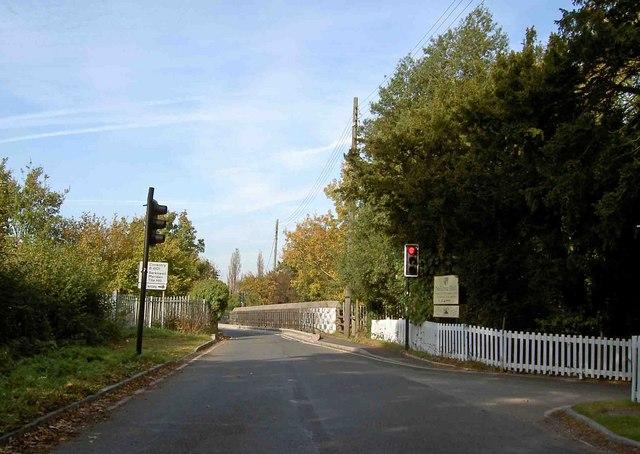 Traffic lights to railway bridge, Nailcote