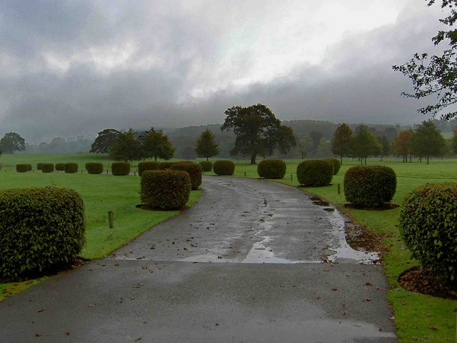 The grounds of the Devonshire Arms hotel