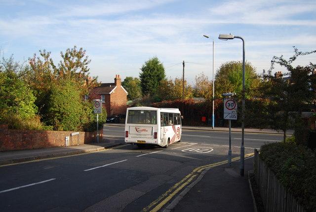 Bus at the bottom Deakin Leas