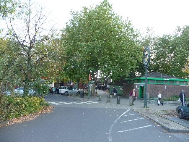 Ringwood : The Furlong & Car Park