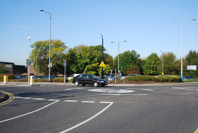 Roundabout at the end of Sovereign Way