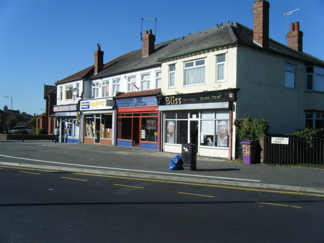 Shops on Lake Road