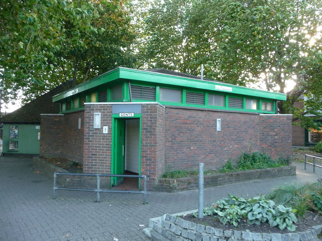 Ringwood : Public Toilets