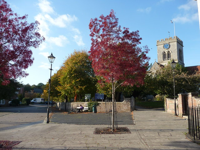 Ringwood : Market Place & Church of St. Peter and St. Paul