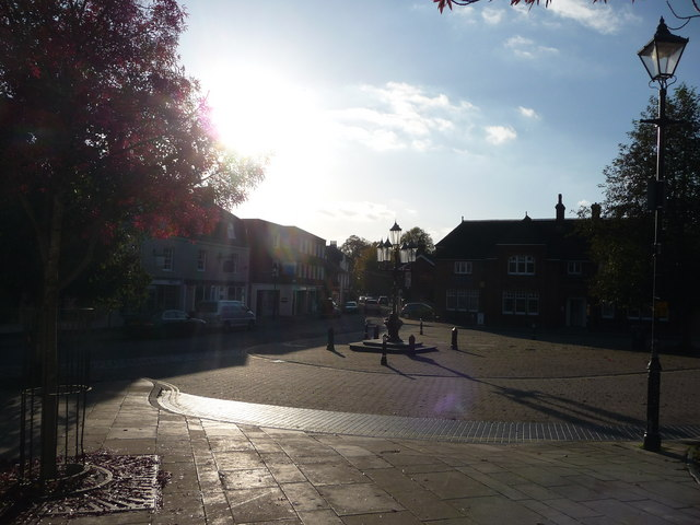 Ringwood : West Street & Market Place
