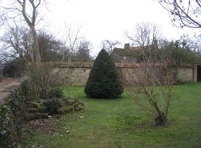 Almonry restaurant gardens