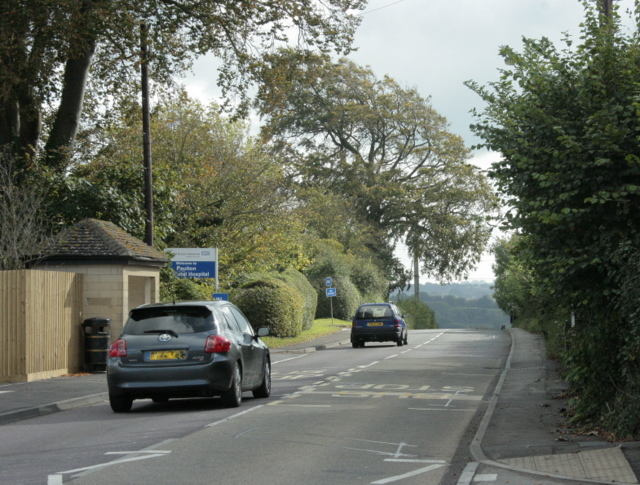 2009 : B3355 Salisbury Road, heading south