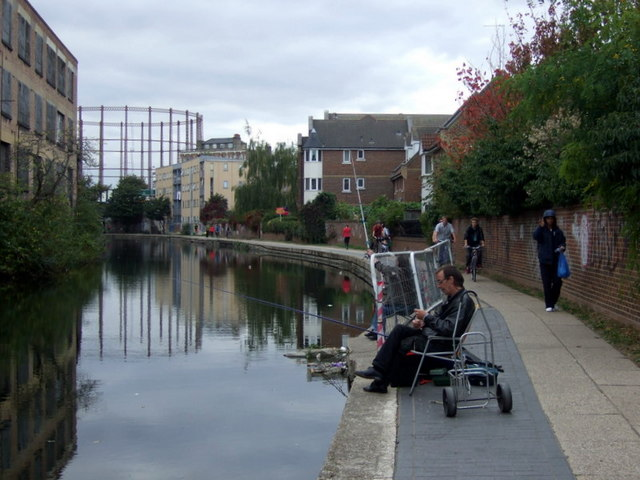 Fishing in the canal, Bethnal Green